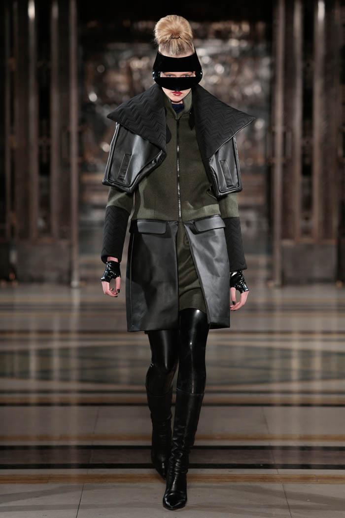 Ashley Isham 2013 AW London Fashion Week (19)