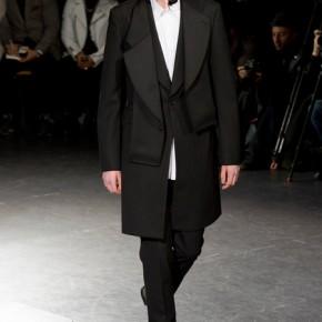 Paris Fashion Week - Comme des Garçons 2014 Autumn Winter Collection (11)