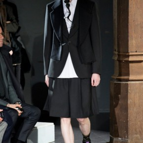 Paris Fashion Week - Comme des Garçons 2014 Autumn Winter Collection (13)