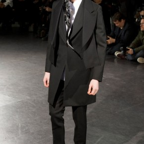 Paris Fashion Week - Comme des Garçons 2014 Autumn Winter Collection (14)