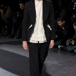 Paris Fashion Week - Comme des Garçons 2014 Autumn Winter Collection (17)
