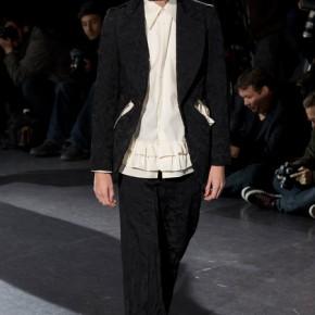 Paris Fashion Week - Comme des Garçons 2014 Autumn Winter Collection (17)