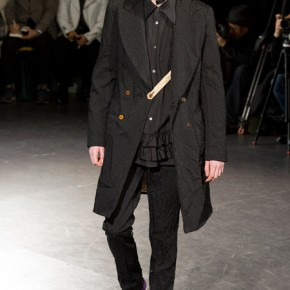 Paris Fashion Week - Comme des Garçons 2014 Autumn Winter Collection (21)