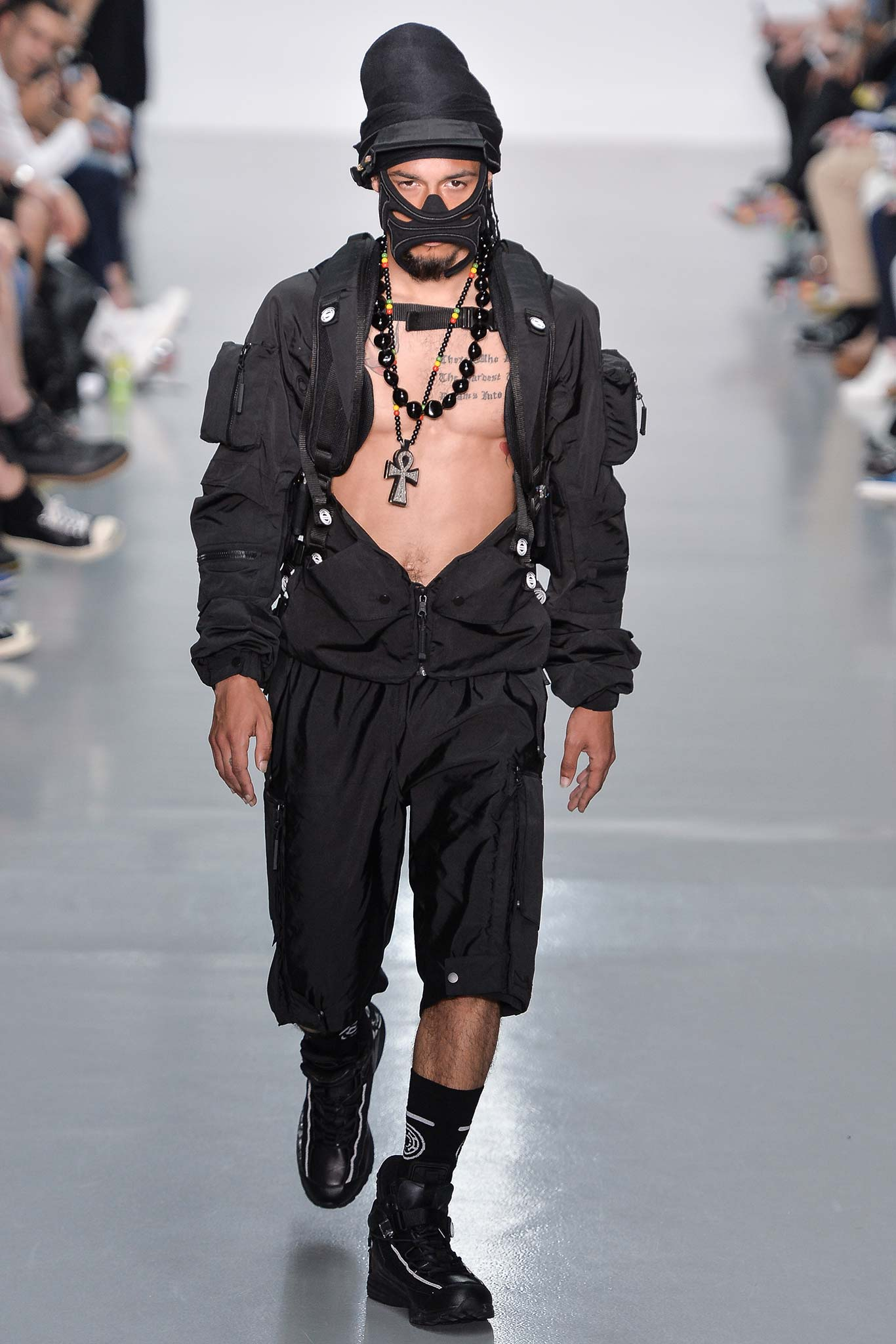 Nasir Mazhar 2016 Spring Summer London Collections