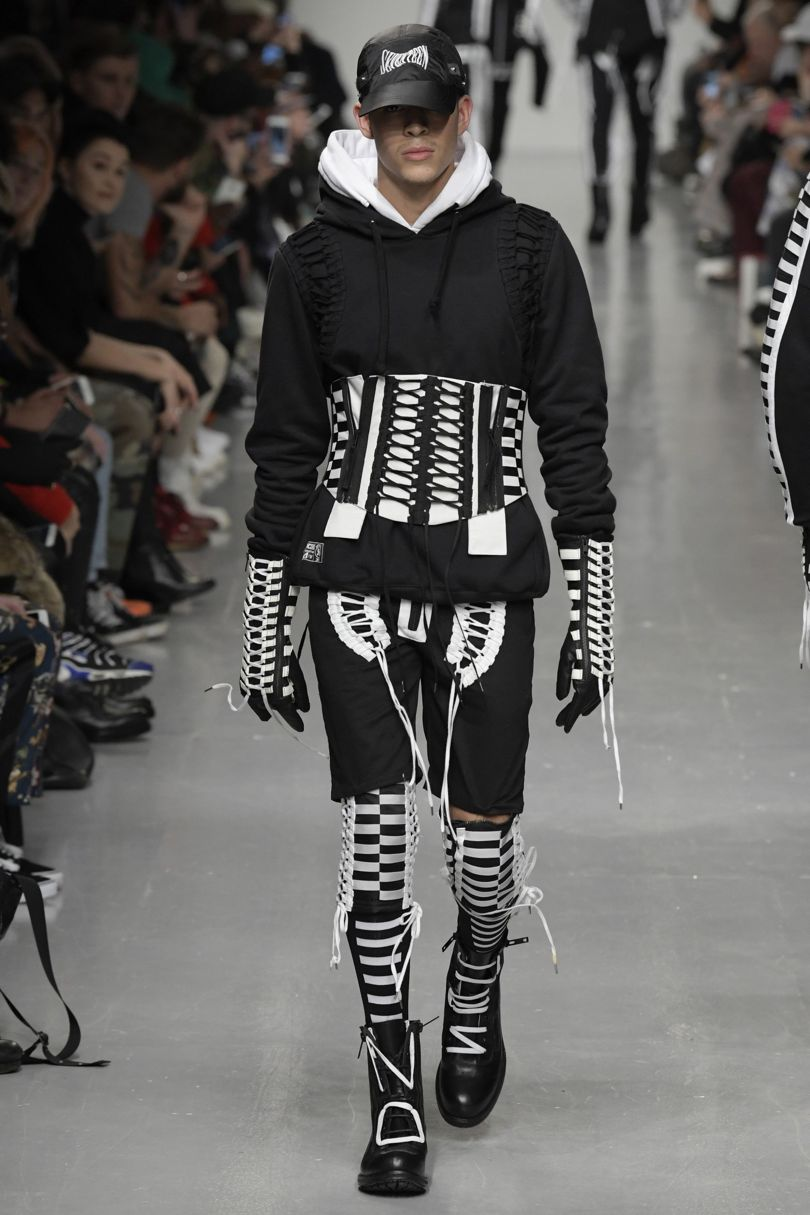 ktz-2017-autumn-winter-london-fashion-week-mens-5