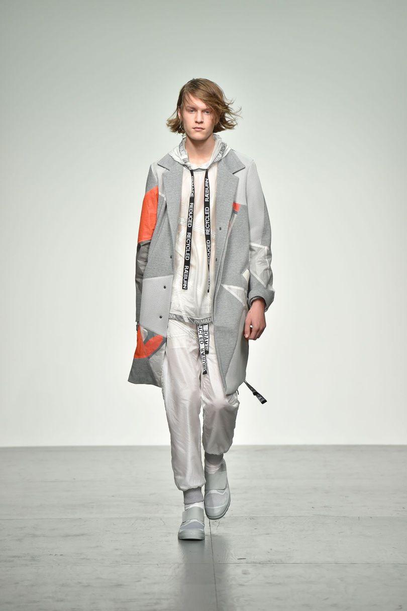 Christopher Raeburn 2018 Spring Summer Collection - London Fashion Week Men's (4)